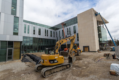 Construction of the Mike Ilitch School of Business in the District Detroit